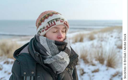 themenwelten asthma winter frau am strand534x334