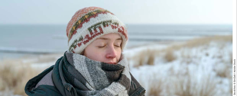 themenwelten asthma winter frau am strand1240x504